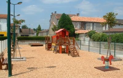 Site perso sur ma ville chasseneuil sur bonnieure for Piscine chasseneuil sur bonnieure